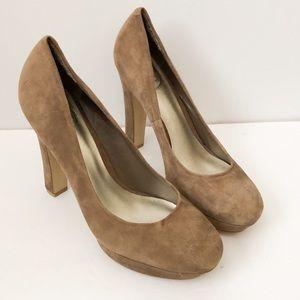 Jessica Simpson tan suede heels